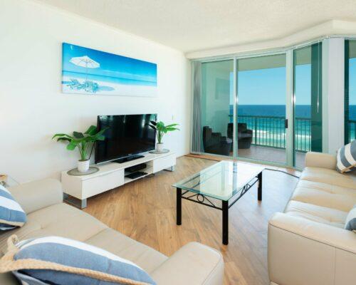 Main-beach-2-bed-apartment-unit-18 (4)