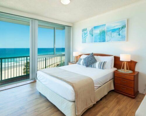 Main-beach-2-bed-apartment-unit-18 (5)