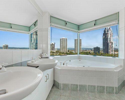 main-beach-2-bedroom-apartments-ocean-view-U18-(6)