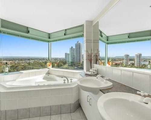 main-beach-2-bedroom-apartments-ocean-view-U19-(7)