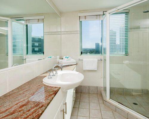 main-beach-2-bedroom-apartments-ocean-view-U19-(8)