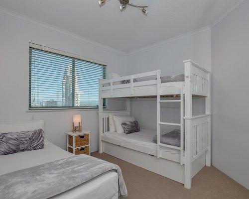 main-beach-2-bedroom-apartments-ocean-view-U22-(13)
