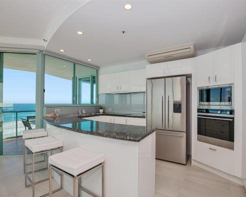 main-beach-2-bedroom-apartments-ocean-view-U22-(9)