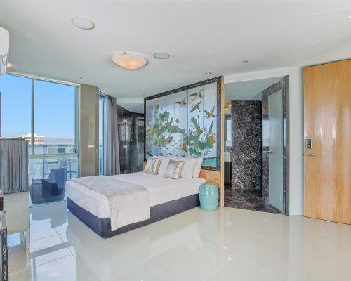 main-beach-3-bedroom-penthouse-apartment-ocean-view-U46-(11)