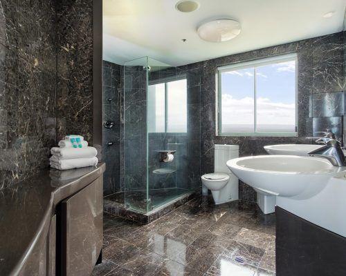 main-beach-3-bedroom-penthouse-apartment-ocean-view-U46-(13)