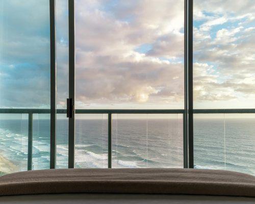 main-beach-3-bedroom-penthouse-apartment-ocean-view-U46-(21)