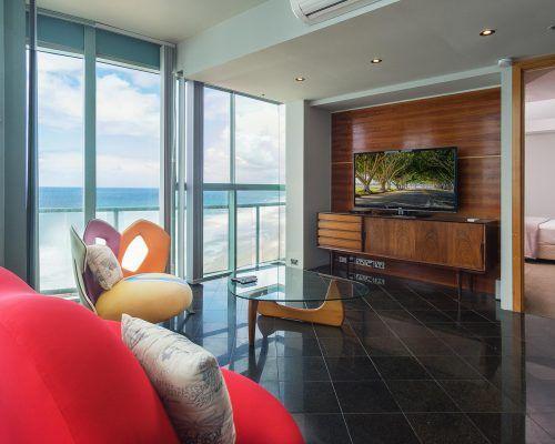 main-beach-3-bedroom-penthouse-apartment-ocean-view-U46-(22)