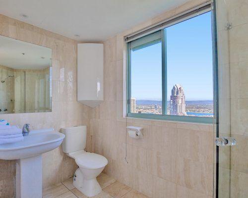 main-beach-3-bedroom-penthouse-apartment-ocean-view-U46-(3)