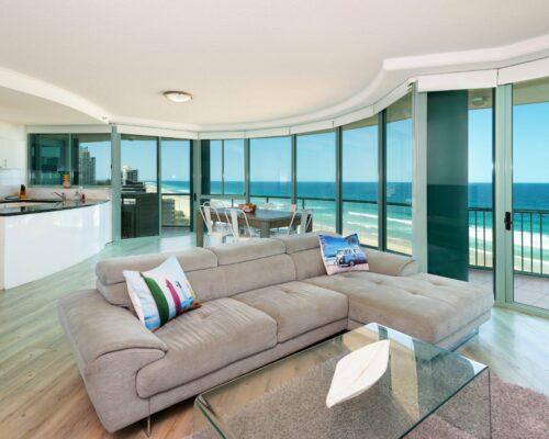 main-beach-accommodation-unit21 (1)