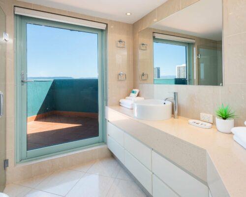 main-beach-gold-coast-penthouse-38 (18)